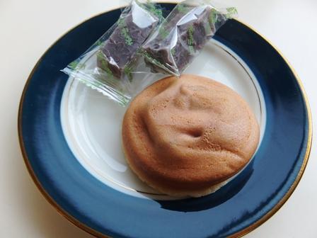 阿闍梨餅とおちょぼ