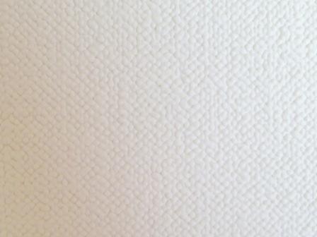壁紙の穴あき補修